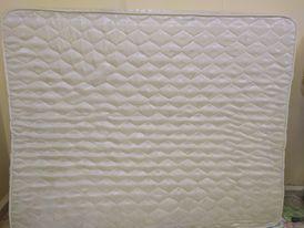 فرشة سرير (مرتبة) كنج سايز جديدة للبيع