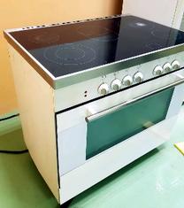 فرن وطباخ كهربائي للبيع