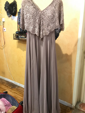 Second hand dresses for sale 15