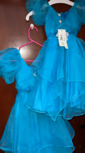فستانان للبيع