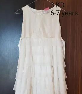 فستان ابيض للاطفال