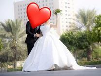 فستان زفاف للبيع مع الطرحة
