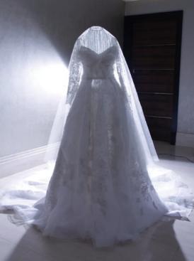 فستان عروس أبيض للبيع