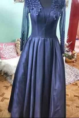 فستان كحلي للبيع