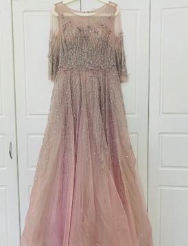 فستان مميز للأعراس