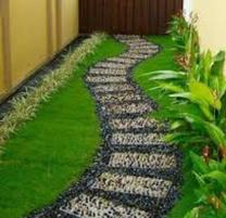 فني تنسيق حدائق