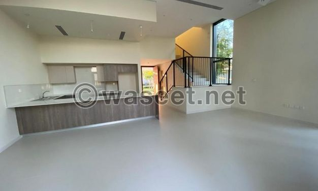 Villa in Downtown Dubai near sandy beach three bedrooms and one working room