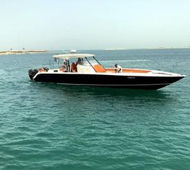 قارب صناعه محليه بمواصفات عاليه وتصميم امريكي