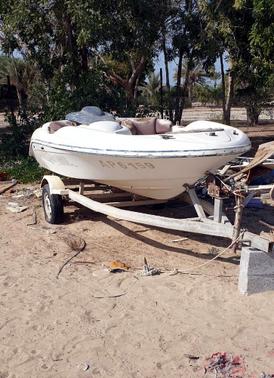 قارب 14 قدم للبيع