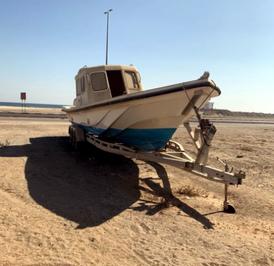 قارب 38 قدم للبيع