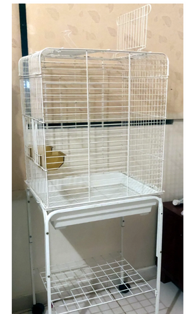 Almost new cage for sale 0