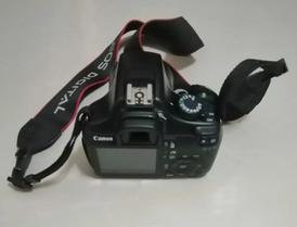 كاميرا كانون موديل d1100