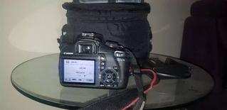 كاميرا Canon 1100 نظيفة للبيع