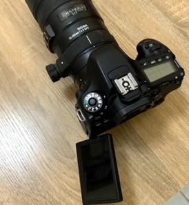 كاميرا canon EOS 80D للبيع