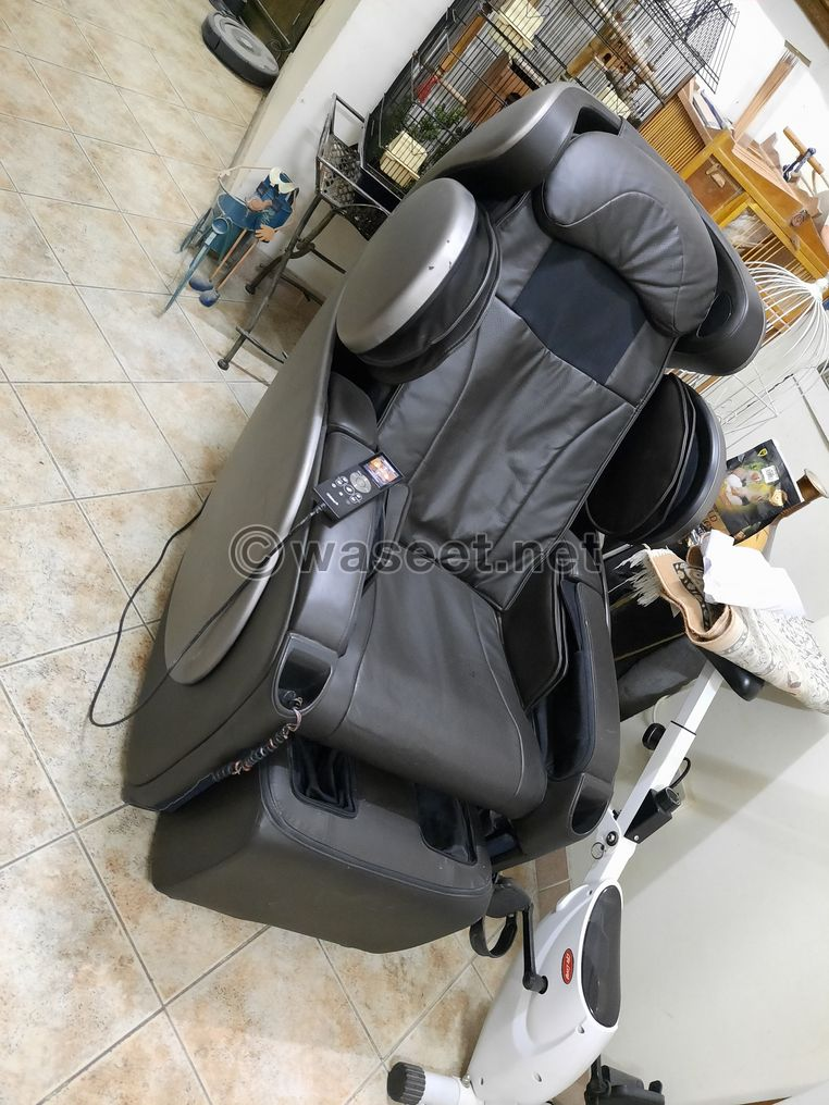 Luxury Massage Chair with Remote Control for Sale 3