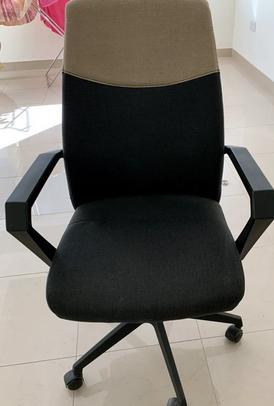 كرسي مكتب جميل