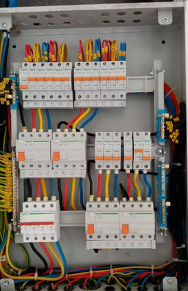 Electrician looking for a job