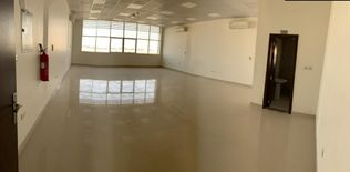 For rent office in industrial 18