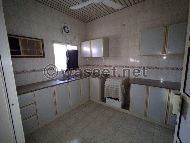 للإيجار شقة مفروشة في مدينة عيسى