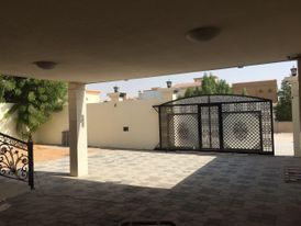 For Rent In Al Rawda 2 Villa