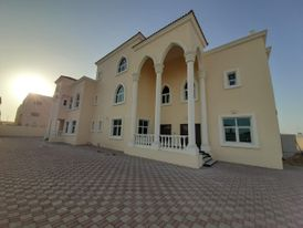 للايجار غرفه وصاله بمدينه محمد بن زايد
