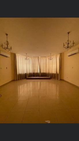 Villa for rent in Al Khabisi