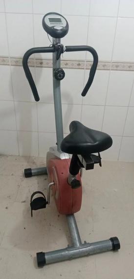 للبيع دراجة رياضية