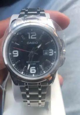 للبيع ساعة كاسيو
