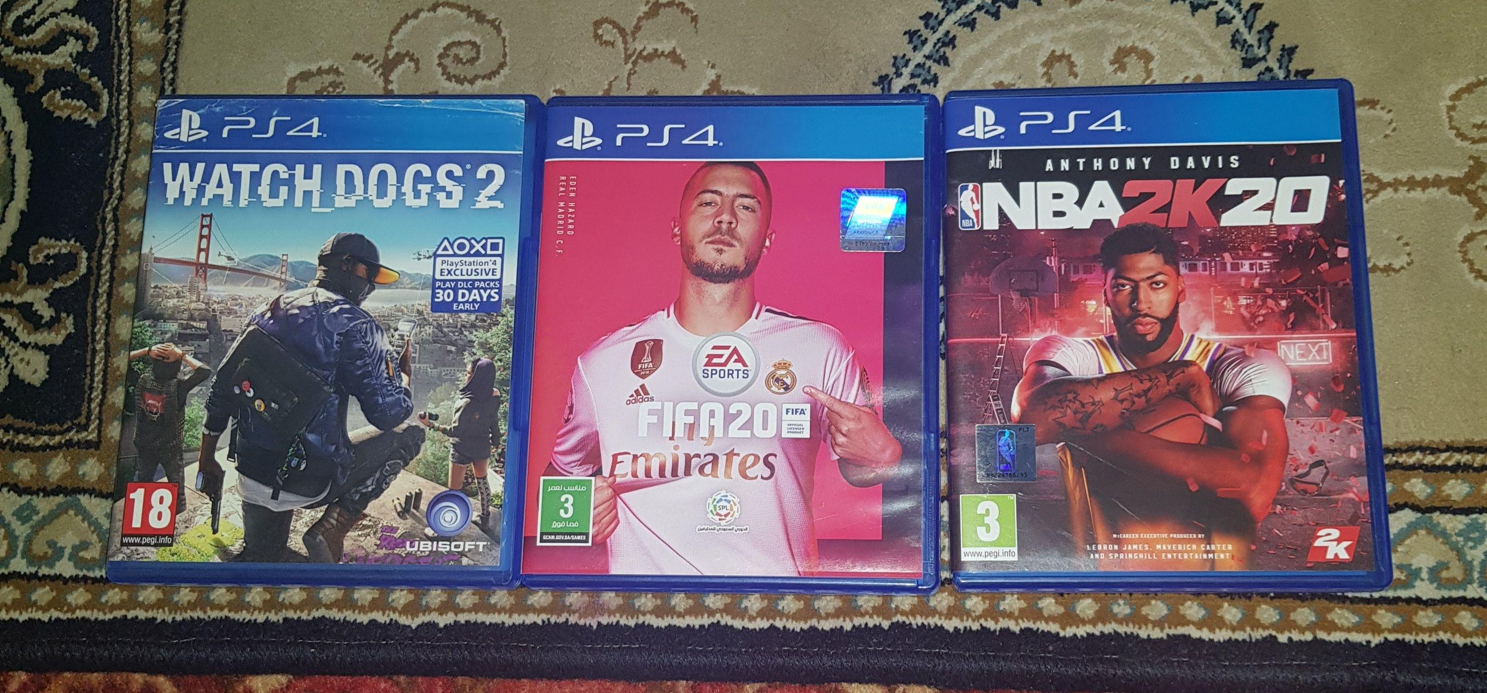 للبيع سيديات بلي ستيشن٤ Watch_Dogs2 و فيفا ٢٠ و NBA 2k20