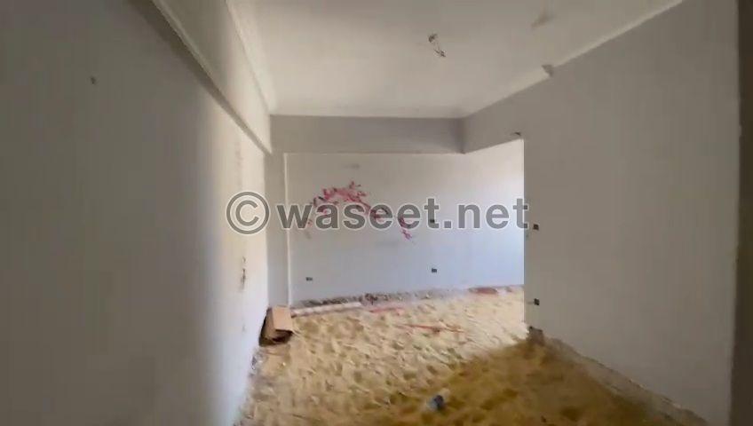 للبيع شقة دوبلكس بثكنات المعادى ١٨٠م 2