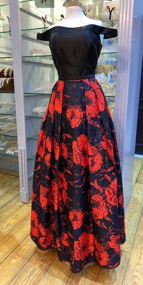 للبيع فستان احمر واسود جديد