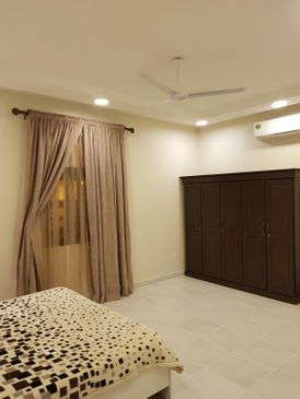 For sale a new villa in Hamad Town