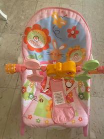 للبيع كرسي للأطفال هزاز بناتي