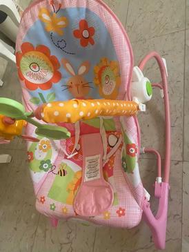 للبيع كرسي للأطفال