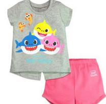 للبيع لبس اطفال بناتى