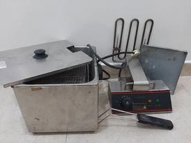 For sale a potato frying machine