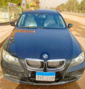 للبيع BMW 320 موديل 2008