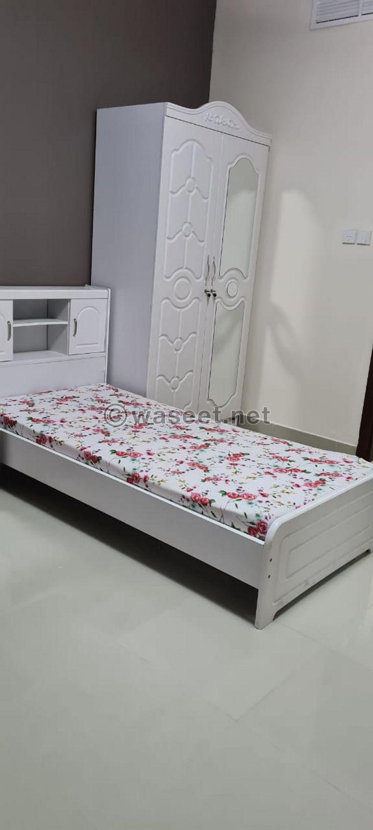 متاح سرير بسكن بنات مشترك نظيف ومميز بأبراج صحارى
