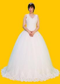 متوفر فساتين أعراس
