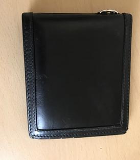 محفظة غوتشي للبيع