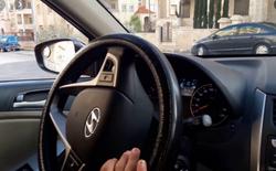 مدرب سواقة لتعليم قيادة السيارات