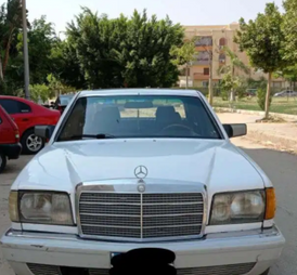 مرسيدس إس اي ال 300 1985