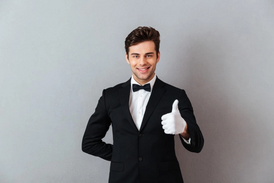 Required captain order or waiter to work in a restaurant