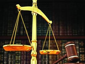 مطلوب محامية مواطنة للعمل