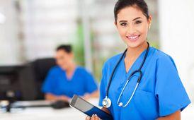 مطلوب ممرضة للعناية بسيدة