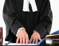 مطلوب مندوب للعمل بمكتب محامي