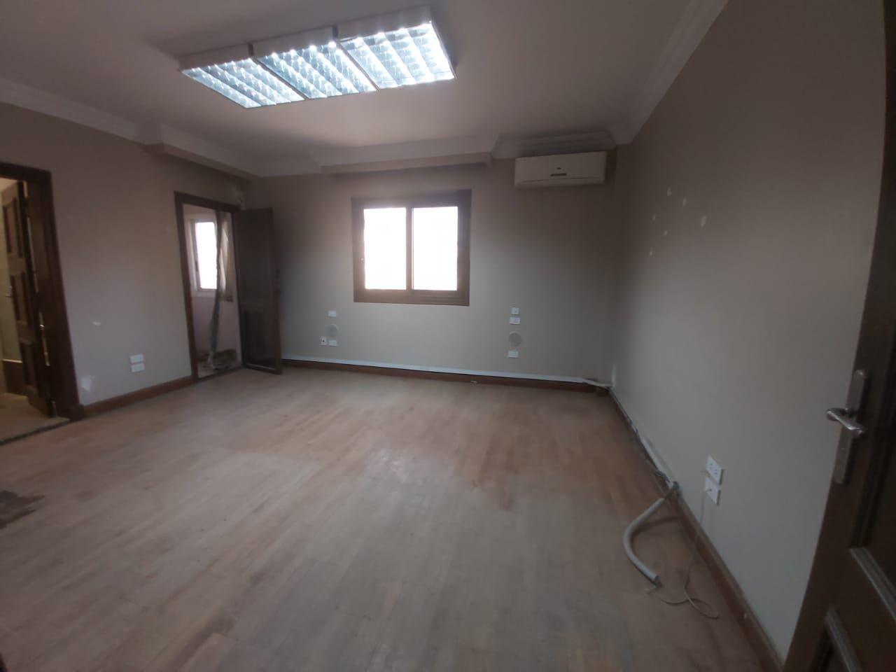 مكتب ادارى 400م مكيف بالمهندسين