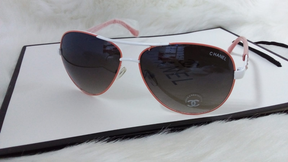 Chanel women's sunglasses, the price of the glasses is 180 riyals 0