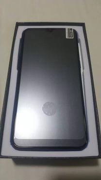 هاتف جديد بملحقاتة للبيع