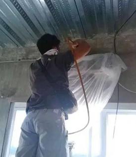 ورشة عمل وإصلاح مكيفات الهواء